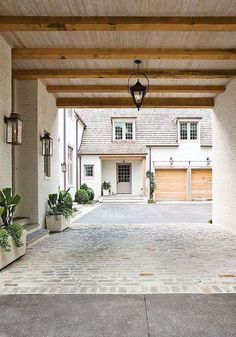 Classic home renovation by architect Peter Block-Porte cochere Design Garage, Exterior Design, Interior And Exterior, Modern Exterior, Exterior Colors, French Exterior, Modern Garage, Exterior Paint, Garage Exterior