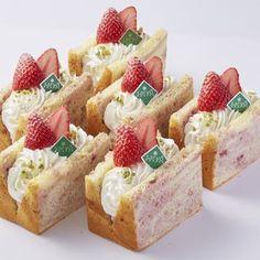 木苺と練乳のシフォンケーキ