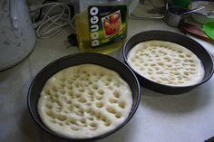 Pizza Hut pizza dough recipe!!  make with any toppings  procuto, spinich, real mozarella, basil