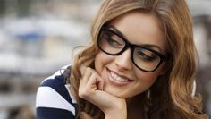 How to save big (and we mean big) on prescription glasses and contacts