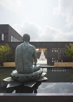 Gallery of Vajrasana Buddhist Retreat / Walters & Cohen Architects - 5