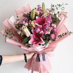 Boquette Flowers, Beautiful Bouquet Of Flowers, Balloon Flowers, Beautiful Flower Arrangements, Dried Flowers, Floral Arrangements, Beautiful Flowers, Gift Flowers, Gift Bouquet
