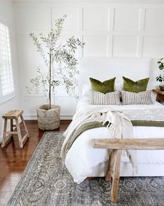 Scandi Living, Apartment Decoration, My New Room, Beautiful Bedrooms, Beautiful Homes, Home Bedroom, Apartment Master Bedroom, Bedroom Wall, Home Decor Inspiration