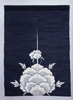 特別展「花もたじろぐ染の花 ―芹沢銈介の型絵染―」 - 芹沢銈介美術工芸館