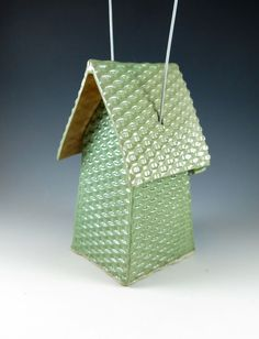 Ceramic Bird House / Basketweave Birdhouse / door Botanic2Ceramic