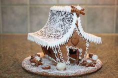 piparkakkutalo - Google-haku Merry Little Christmas, Gingerbread, Google, Desserts, Tailgate Desserts, Deserts, Ginger Beard, Postres, Dessert