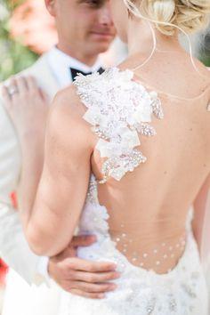 Featured Photographer:Hunter Ryan Photo; wedding dress idea