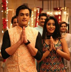 Hairstyles For Gowns, Kartik And Naira, Kaira Yrkkh, Cute Attitude Quotes, Mohsin Khan, Cutest Couple Ever, Cute Couples Photos, Indian Designer Suits, Dress Indian Style