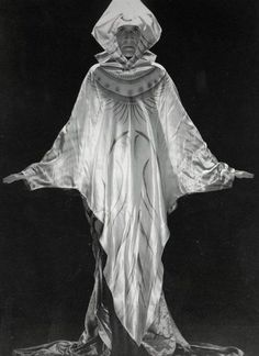Man Ray. Etienne de Beaumont, Paris. 1924.