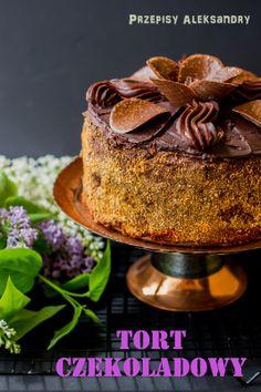 Przepisy Aleksandry: PYSZNY TORT CZEKOLADOWY Chocolate Sponge Cake, Tasty Chocolate Cake, Chocolates, Sweet Recipes, Cake Recipes, Eastern European Recipes, Torte Cake, Polish Recipes, Polish Food