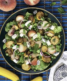 Pea, Peach and Goat's Cheese Salad - Delish. Easy Salad Recipes, Easy Salads, Vegetarian Recipes, Cooking Recipes, Healthy Recipes, Hemsley And Hemsley, Goat Cheese Salad, Lunches And Dinners, Food Porn