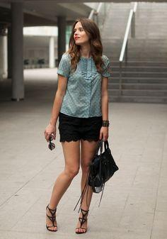 #fashion #fashionista @Macarena Ruiz Mackay gea crochet shorts + romantic shirt | Macarena Gea