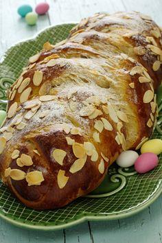 Trança de Páscoa / Easter sweet bread