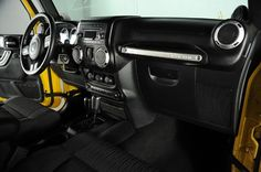 2011 Jeep Wrangler Rubicon AEV HEMI: Interior View