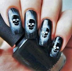 50 Frightening and Fun Halloween Nail Art Designs You Can Do Yourself Skull Nail Designs, Skull Nail Art, Skull Nails, Halloween Nail Designs, Halloween Nail Art, Acrylic Nail Designs, Acrylic Nails, Tattoo Designs, Scary Halloween