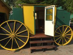 tonys-amazing-old-fashioned-trailer-coach-tiny-house-013