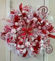 Christmas Wreath, Candy Cane Wreath, Holiday Wreath, Light Up Wreath, Door Wreath by SouthTXCreations on Etsy Christmas Mesh Wreaths, Christmas Candy, Christmas Decorations, Christmas Ornaments, Christmas Tree, Simple Christmas, Christmas 2019, Candy Cane Wreath, Candy Canes
