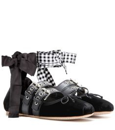 MIU MIU Ballerines en velours noir
