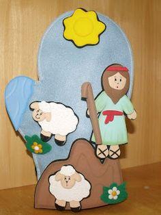 A idéia dessa Luva surgiu de uma maneira muito legal, acho que nunca fizemos um material tão rápido! E o melhor de tudo foi ver a... Sunday School Kids, Sunday School Crafts, Hobbies And Crafts, Diy And Crafts, Crafts For Kids, Little Mermaid Clipart, Flannel Board Stories, Christian Stories, The Lost Sheep