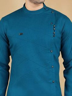New design of dress in eid of 2020 with awsome look and stylish Latest African Wear For Men, African Shirts For Men, African Dresses Men, African Attire For Men, African Clothing For Men, Nigerian Men Fashion, Indian Men Fashion, Big Men Fashion, Mens Fashion Suits