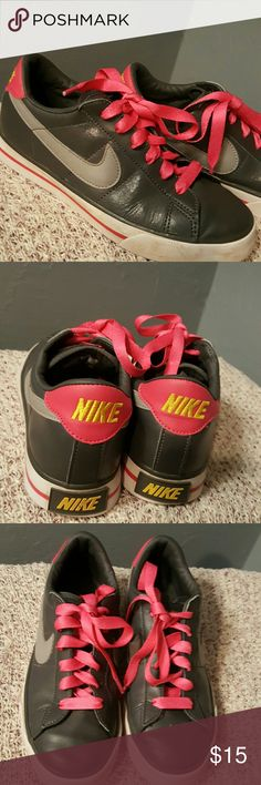Gray and Pink Nike Sneakers Very cute. In good condition. A few scuffs on the top of the shoes shown in the last picture. Nike Shoes Sneakers