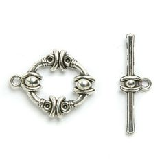 £1.07 Toggle clasp silver-plated w/pattern 18x22mm Pk 2