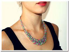 DIY wool necklace