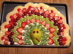 Turkey fruit pizza. Fun for Thanksgiving!