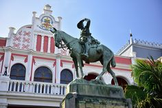 City Hall, East London, Eastern Cape, South Africa | by South African Tourism East London, London City, Provinces Of South Africa, My Family History, World Cities, Cape Town, Outdoor Activities, Cover Art, Landscape Photography