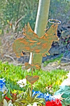 Pembroke Corgi / Angel Dog / Pet Memorial / Garden Stake / Metal Yard Art / Pet Grave Marker / Garden Copper Art / Corgi Sculpture