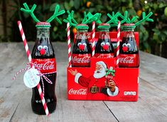 Get in the Holiday Spirit with Coca-Cola Bottle Reindeer . Coca Cola Christmas, Neighbor Christmas Gifts, Christmas Fun, Reindeer Christmas, Coke Bottle Crafts, Coca Cola Gifts, Diy Weihnachten, Holiday Crafts, Benefit