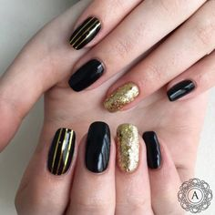 Black Gold Nails The Best French Black and Gold Nails Designs Line Nail Designs, New Nail Art Design, Gold Nail Designs, Square Nail Designs, Creative Nail Designs, Simple Nail Designs, Acrylic Nail Designs, Nails Design, Acrylic Nails