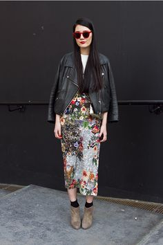 Cool girl guide to Spring Florals. From Street Chic to Boho Babe there are chic outfits every fashion girl can rock this spring. Look Street Style, Street Chic, Street Wear, Looks Style, Style Me, Look Fashion, Womens Fashion, Fashion Trends, Net Fashion