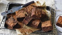 Sugar-free chocolate brownies do exist and we've got the recipe to prove it! These simple brownies use sweet potatoes to bring some natural sweetness. Diabetic Cake, Diabetic Recipes, Pre Diabetic, Diabetic Foods, Healthy Recipes, Clean Recipes, Healthy Foods, Sugar Free Brownies, No Sugar Foods