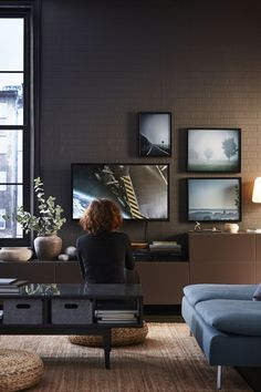 Customize your living room with a unique combination of TV and media storage! The IKEA BESTÅ storage system allows you to choose from an extensive range of suggested combinations or to personalize your own unique layout.