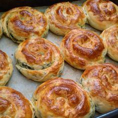 @elifealtun'in bu Instagram fotoğrafını gör • 307 beğenme Snack Recipes, Cooking Recipes, Breakfast Snacks, Turkish Recipes, Pastry Recipes, World Recipes, No Cook Meals, Vegetable Recipes, Food And Drink