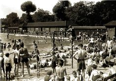 The scene at the open air baths at Kennington Park, where south Londoners were able to find relief from the heat wave - 10 August 1932 New South, South London, Vintage London, Old London, Local History, British History, English Summer, London United Kingdom, River Thames
