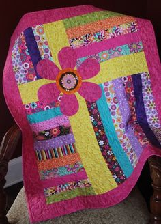 Toddler-Sized, Girl's Quilt - Pretty in Pink - Click Image to Close