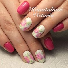 Pink Tulips on Nails. The growing tulips on nails is another gorgeous idea to spruce up your hands this spring season.