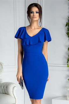 Shop women's dresses at Pink Boutique - From party dresses to day dresses, Pink Boutique stock the latest trends online.Slinky, sexy and seriously slayin' - that's our collection of midi dresses at Pink Boutique! Simple Dresses, Elegant Dresses, Blue Dresses, Casual Dresses, Dresses For Work, Classy Dresses For Women, Ladies Dresses, Dresses Dresses, Pretty Dresses