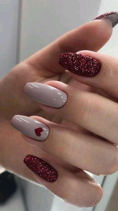 Best Acrylic Nails, Acrylic Nail Designs, Best Nail Art, Winter Acrylic Nails, Burgundy Acrylic Nails, Cute Nails, Pretty Nails, Silver Glitter Nails, Gel Nails With Glitter