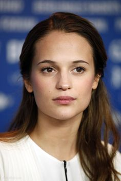 Alicia_Vikander_photo.filmcelebritiesactresses.blogspot-0372.jpg (2000×3000)