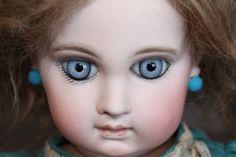 Very Nice Early EJ Blue Eyes - Castellidoll