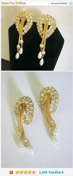 Fall Sale Vintage Wedding Chandelier Rhinestone Teardrop Pearl Clip Earrings / Dangle / Drop / Jewelry / Jewellery