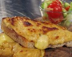 Welsh rarebit - I use vegemite instead of Worcestershire sauce and beer to the butter/flour together with a bit of cream & chedder - swiss - gouda cheese - normal mustard (not English mustard) - smokey paprika - dried parsley sometimes Cheese Croissant, Cheese Toast, Cheese Bread, Rarebit Recipes, Welsh Rabbit, Good Food Channel, Melted Cheese, Kitchen Recipes, Cheddar