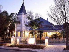 The Robertson Small Hotel in Breede River Valley, Robertson Old World Charm, South Africa, Places To Go, Things To Do, Tours, Vacation, Mansions, Landscape, House Styles