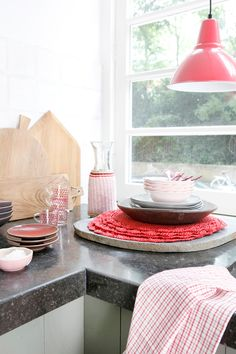 A LOVELY DUTCH HOME WITH TOUCHES OF RED | THE STYLE FILES