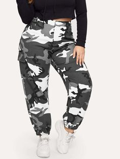 To find out about the Plus Pocket Side Camo Tapered Pants at SHEIN, part of our latest Plus Size Pants ready to shop online today! Plus Size Cargo Pants, Camouflage, Cargo Pants Outfit, Jogger Pants, Pantalon Cargo, Camo Leggings, Type Of Pants, Moda Plus Size, Cool Names