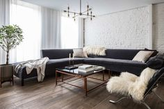 An Airy, Modern Home in a 19th-Century Bread Factory