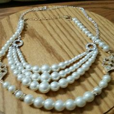 TWO PC BUNDLE TWO PEARL NECKLACES FOR LAYERS DRESS UP JEANS OR THAT DARLING DRESS Jewelry Necklaces